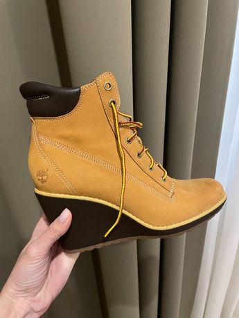 Женские Ботинки Timberland в идеальном состоянии