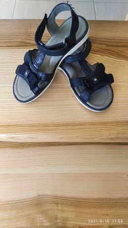 Granatowe sandały sandałki 30 ( 19-19,5 cm)
