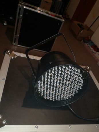 Lampa par led L4ME uszkodzony