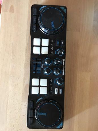 Controlador DJ HERCULES Control Compact USB