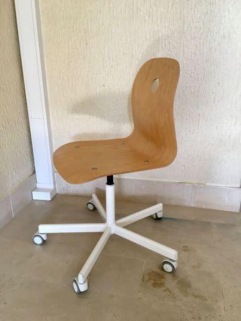 Cadeira IKEA secretaria
