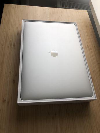 """Silver MacBook Pro 15"""" 2018 Retina i7 2.6/16Gb/512GB SSD/560X MR972"""