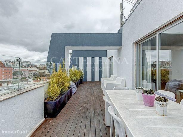 Campo de Ourique Penthouse T6 com 360m2 + terraço de 35m2