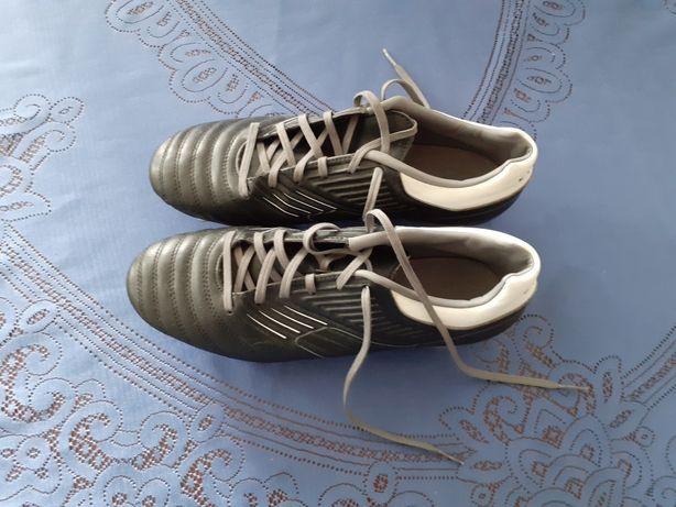 Korki buty piłkarskie Kipsta rozmiar 39
