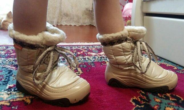 Продам детские ботиночки Demar р 26-27.