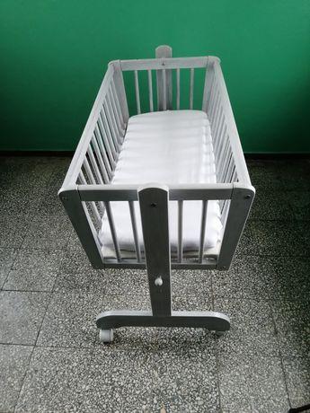 Kołyska dla niemowlaka