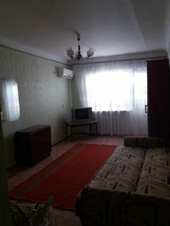 Продам 1-комнатную квартиру в г. НОВОАЗОВСКЕ в районе автовокзала