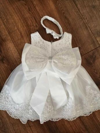 Sukienka koronkowa z kokardą do chrztu r 68-74 plus dodatki