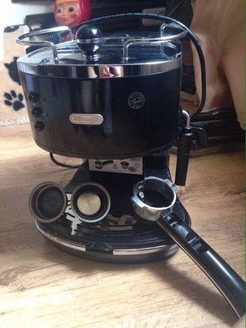 Кофеварка DeLonghi ECO 310 BK