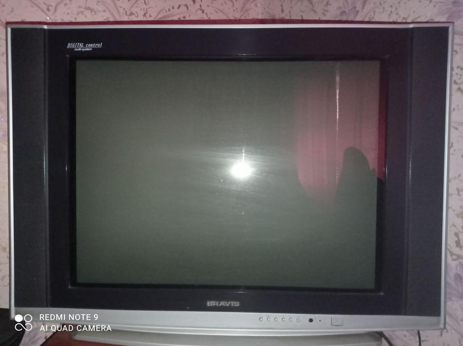 Телевизор BRAVIS Токмак - изображение 1