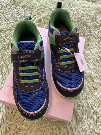 Кроссовки geox 33 новые