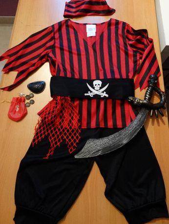 10/12A – Carnaval - Pirata NOVO