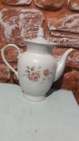 Продам чайник фарфор