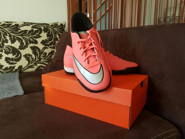 Nike mercuial vortex II TF