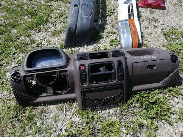 Kokpit Deska  Renault Master I stan BDB Lampa Przód  Grill