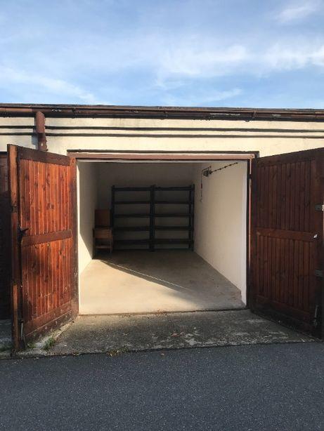 Duży garaż do wynajęcia 18m2