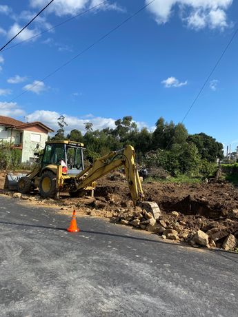 Escavações, Demolições , Desaterros, Preparação de terrenos