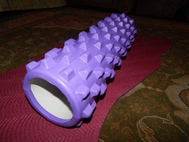 Валик для йоги фиолетовый плотный поясничный новый 44*15 см