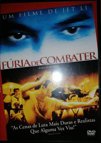 Dois DVDs. Fúria de combater e Noiva procura-se.