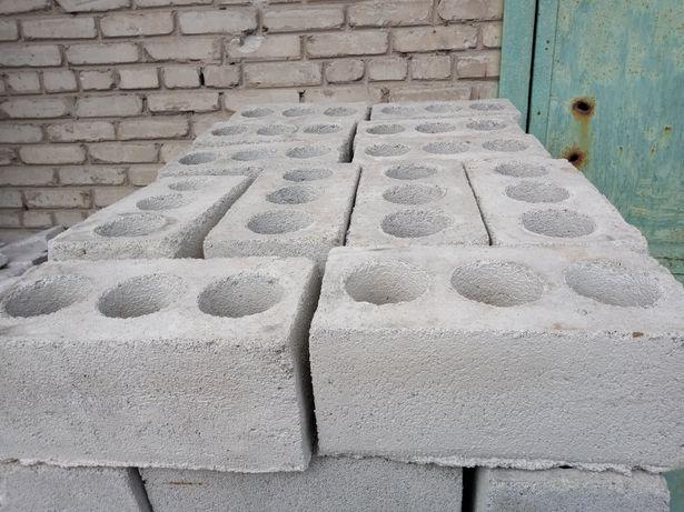 Шлакоблок 2200₽ куб