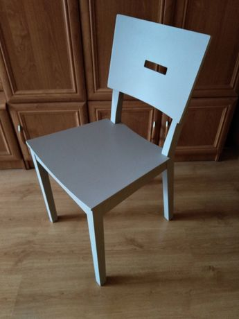 Krzesło szare popielate nowoczesne drewniane