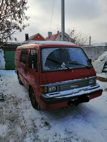Продаю Mazda E2200