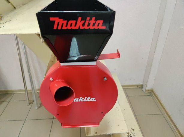 Зернодробилка Макита 4200. Румыния  млин,дробилка,кормоизмельчитель,