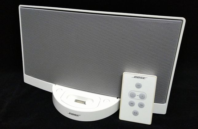 Coluna Bose SoundDock com comando