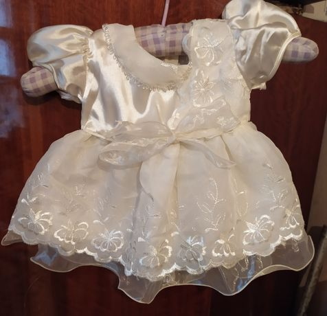 Платье праздничное 3-6 месяцев для крещения маленькое сукня святкова