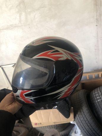 Шлем китай для мото скутера. Размер средний.