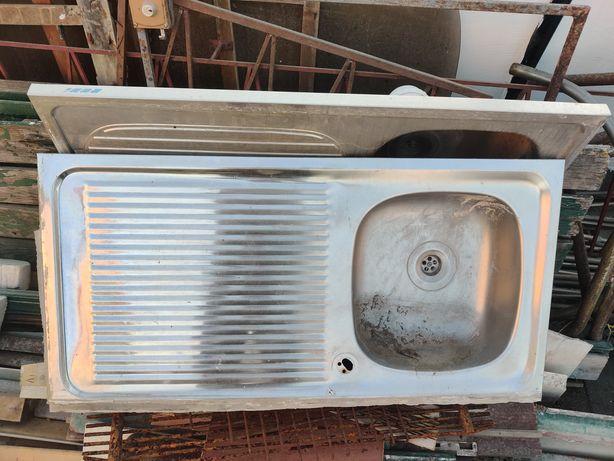 Lavatório inox uma cuba