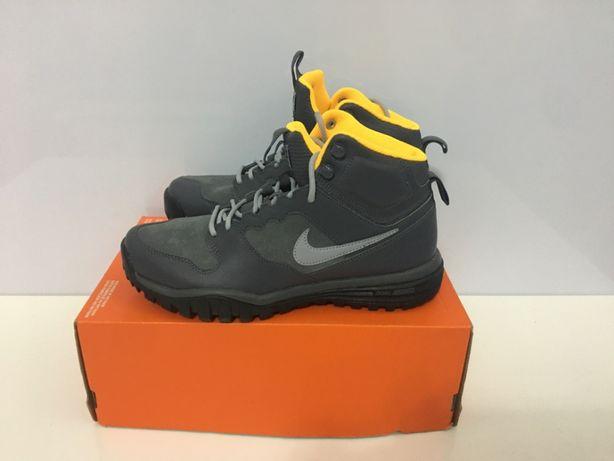 Nike Trekkingowe 41