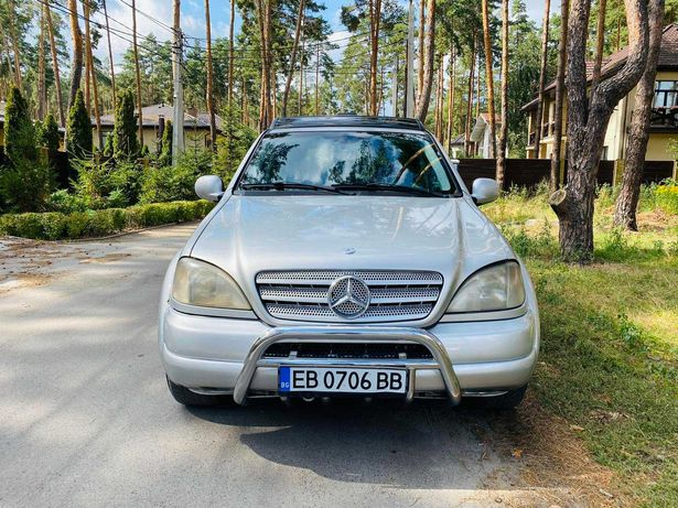 Mercedes-Benz ML 430 2001