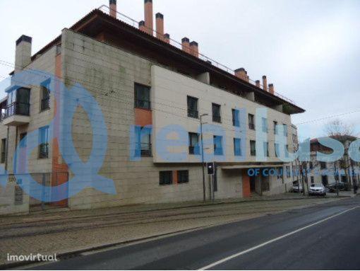 Apartamento T5 na Margem do Douro, Massarelos, Porto, Excelentes condi