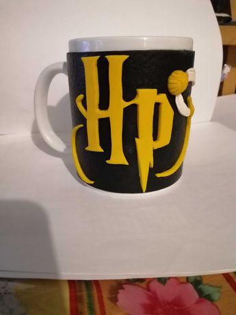 Чашка из полимерної глини