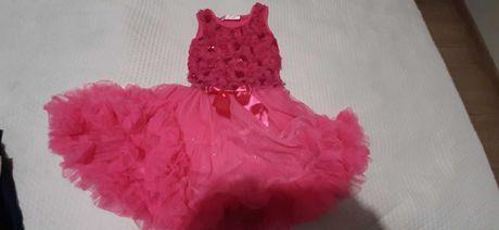 Przepiękna sukienka dla małej baletnicy