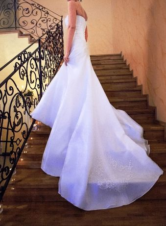 Suknia ślubna, model 'ARMANI ROSSA' rozmiar 36/38