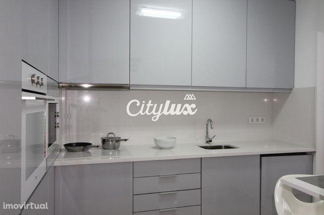 Apartamento T2 mobilado e equipado, ótimo investimento, a 5mn a pé ...