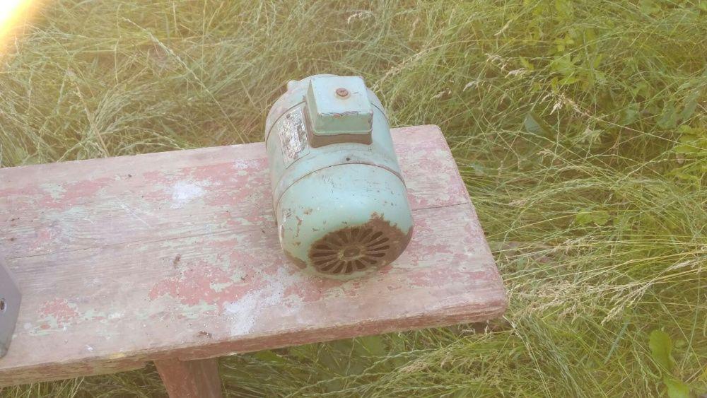 Мотор 3-х фазный електрический Полтава - изображение 1