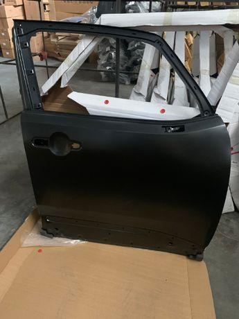 Jeep Renegade 2017 Дверь передняя правая 68320801AA