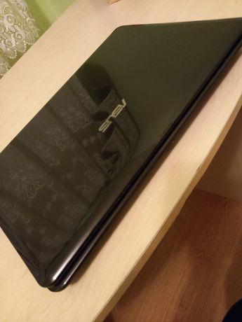 Продам недорого ноутбук