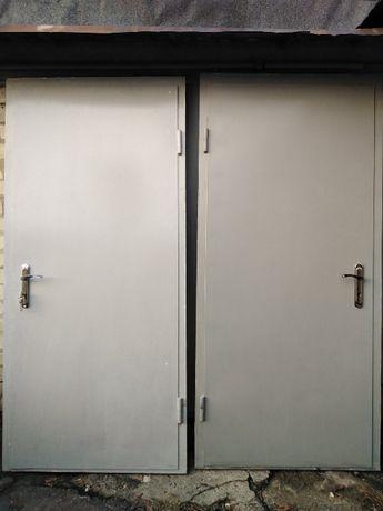 Металлические входные двери с новостроя