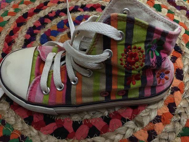 Sapatilhas bota pano