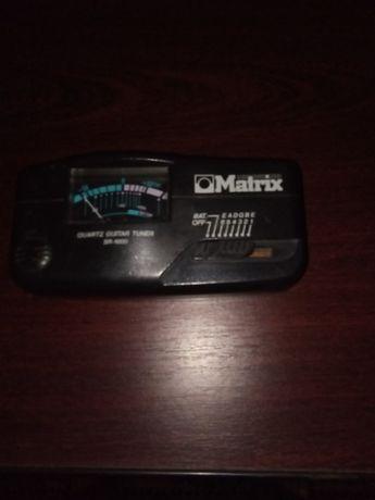 гитарный тюнер Matrix SR-1000
