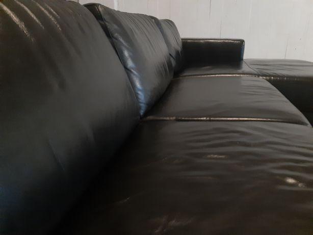 Sofá chaise longue, em pele