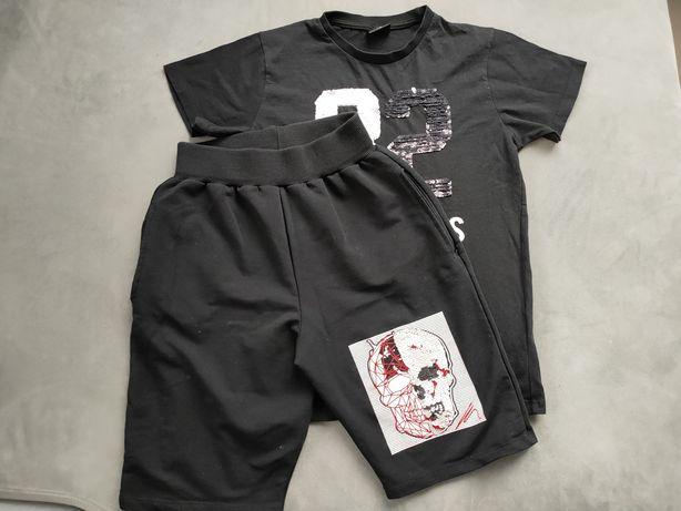 Zestaw krutkie spodenki i koszulka z krótkim rekawkiem