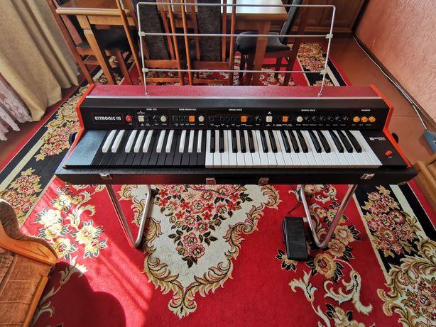 Organy elektronik 109