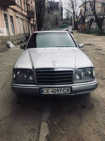 Mercedes W124 хороший стан