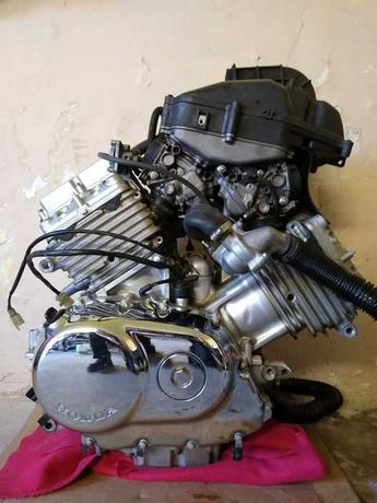 Двигатель,мотор Aprilia,Bmw,Honda,Kawasaki,Suzuki,Yamaha,Vespa,Piaggio