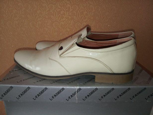 Туфлі чоловічі 43 р (44-45 реальний)